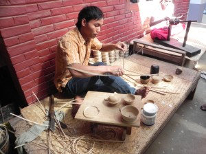 Making lacquerware in Bagan